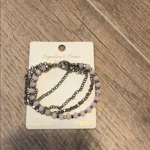 Jewelry - Signature Firma, Gorgeous Bracelet